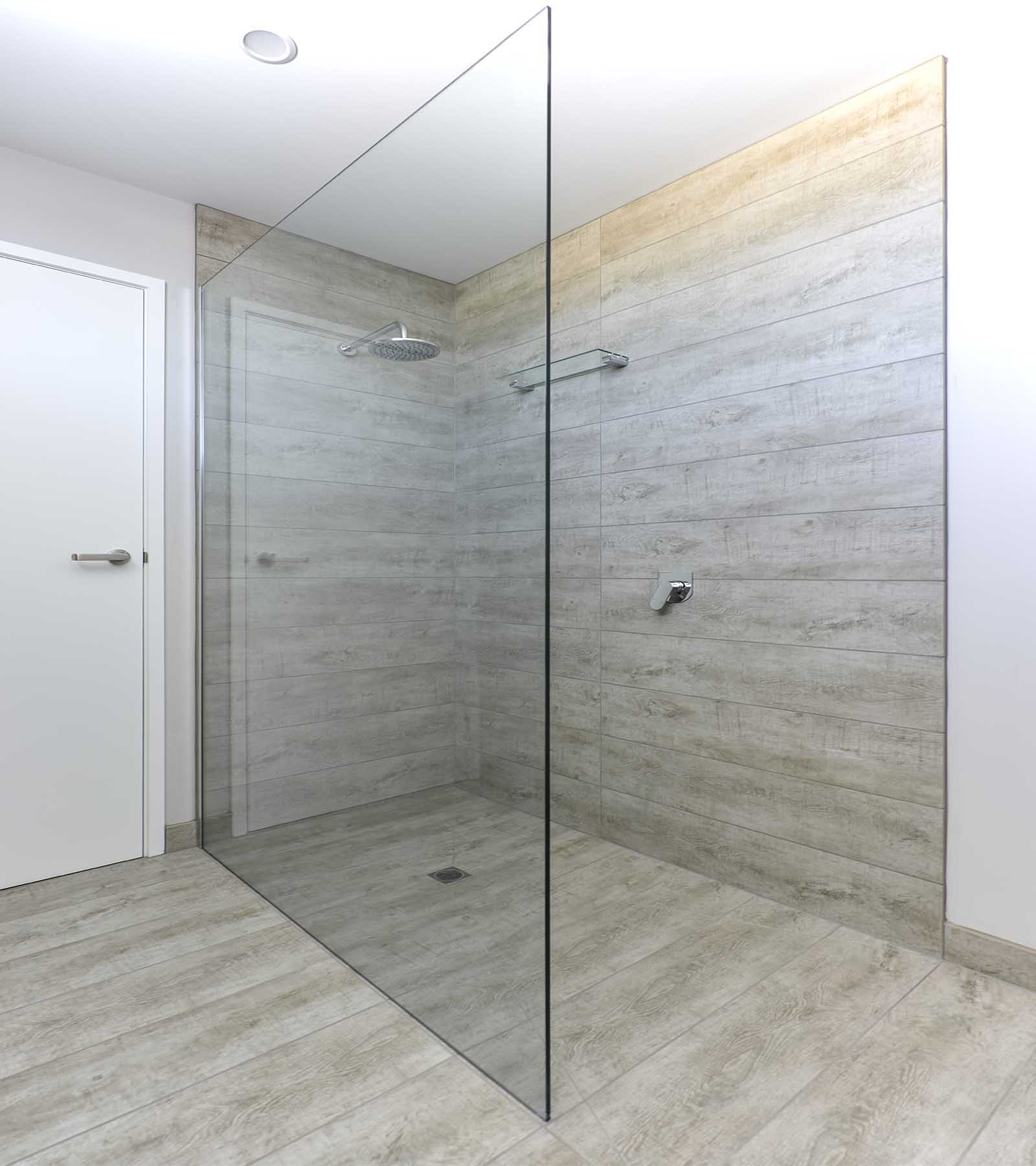 freflo frameless shower screen glass panel bathroom ensuite walk in shower in