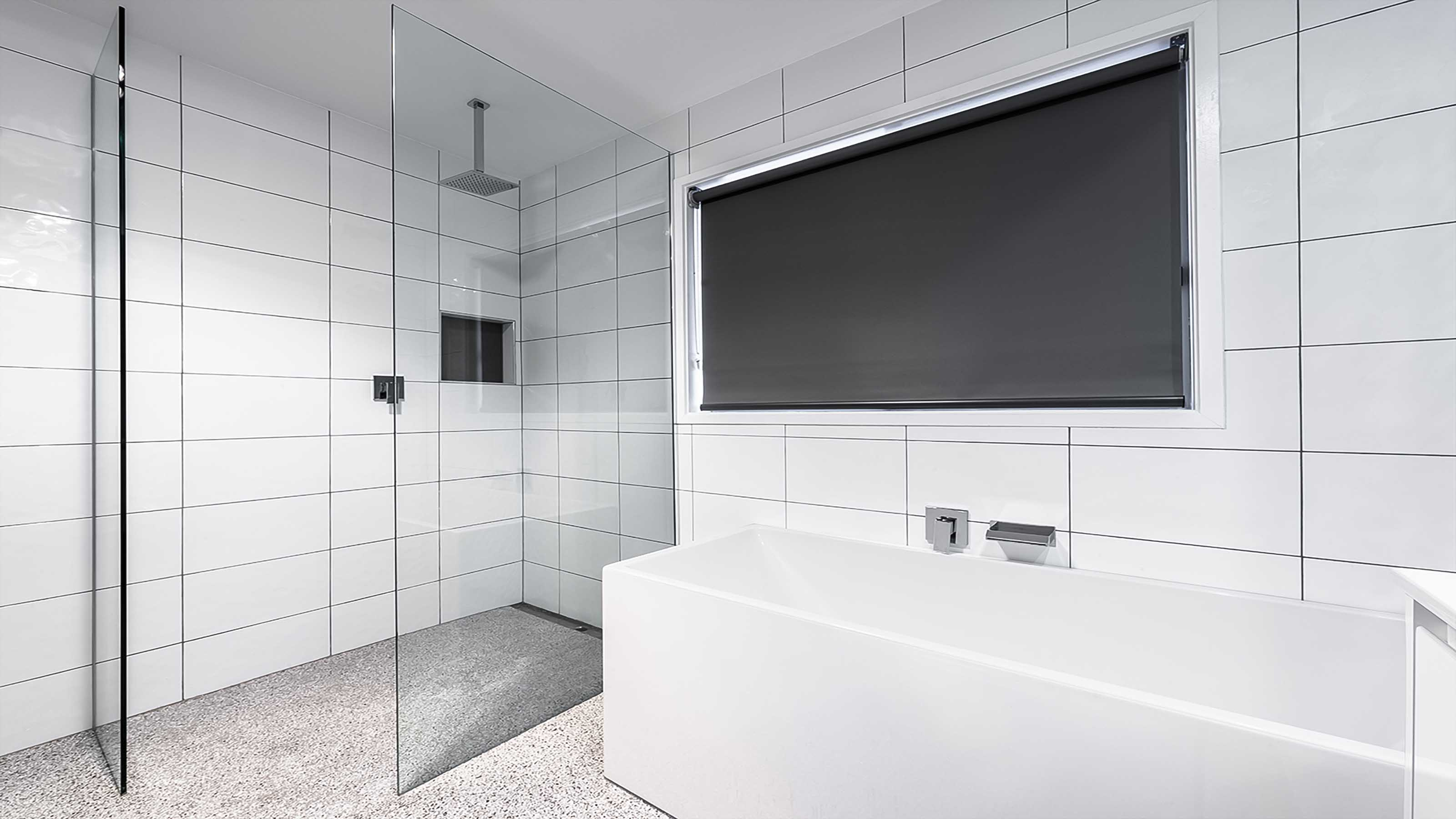 freflo frameless shower screen glass panels walk in bathroom ensuite shower grovedale