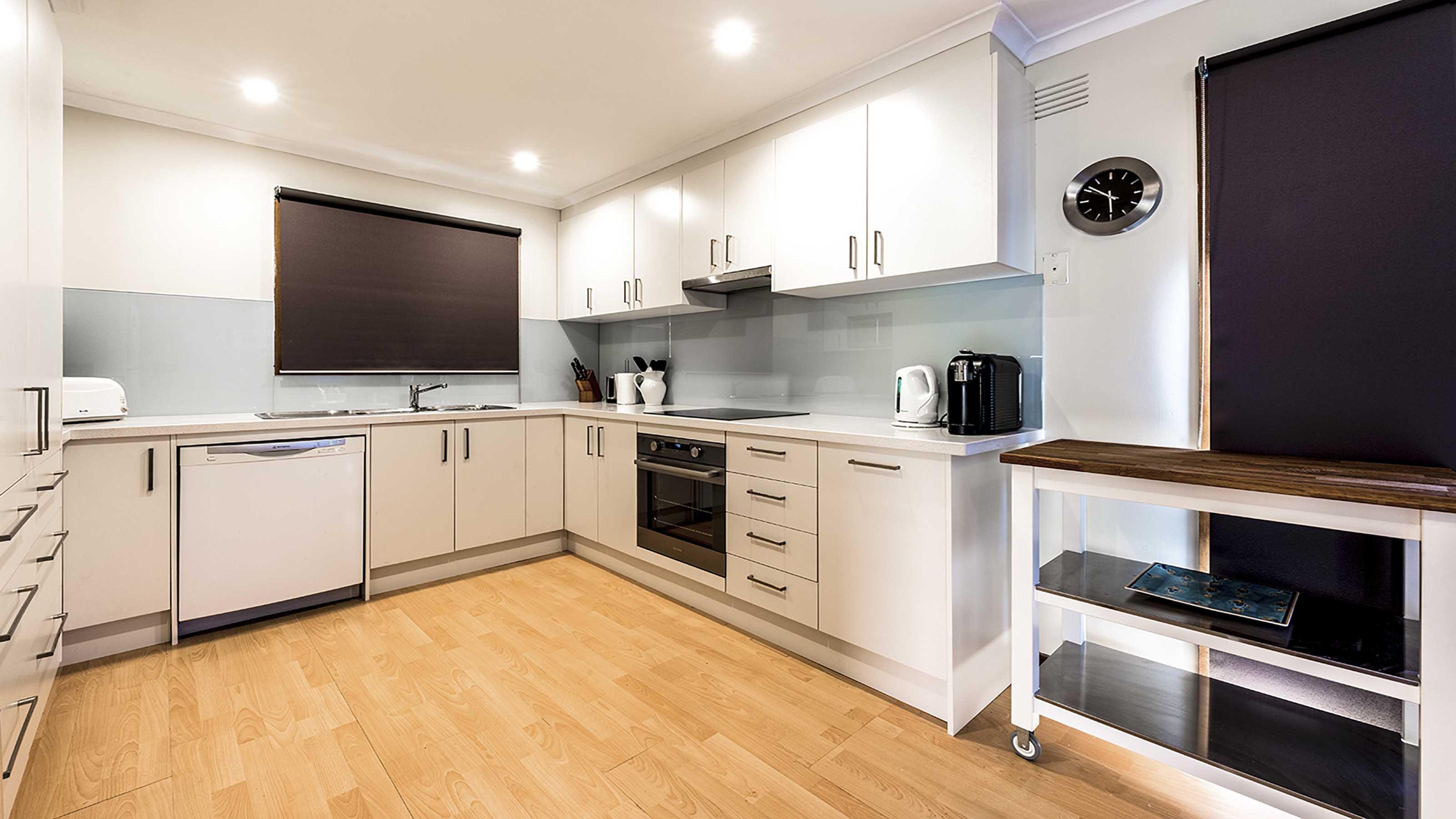 Kolor Kitchen Glass Splashbacks Blue Kitchen Renovation Ideas Torquay Supplied