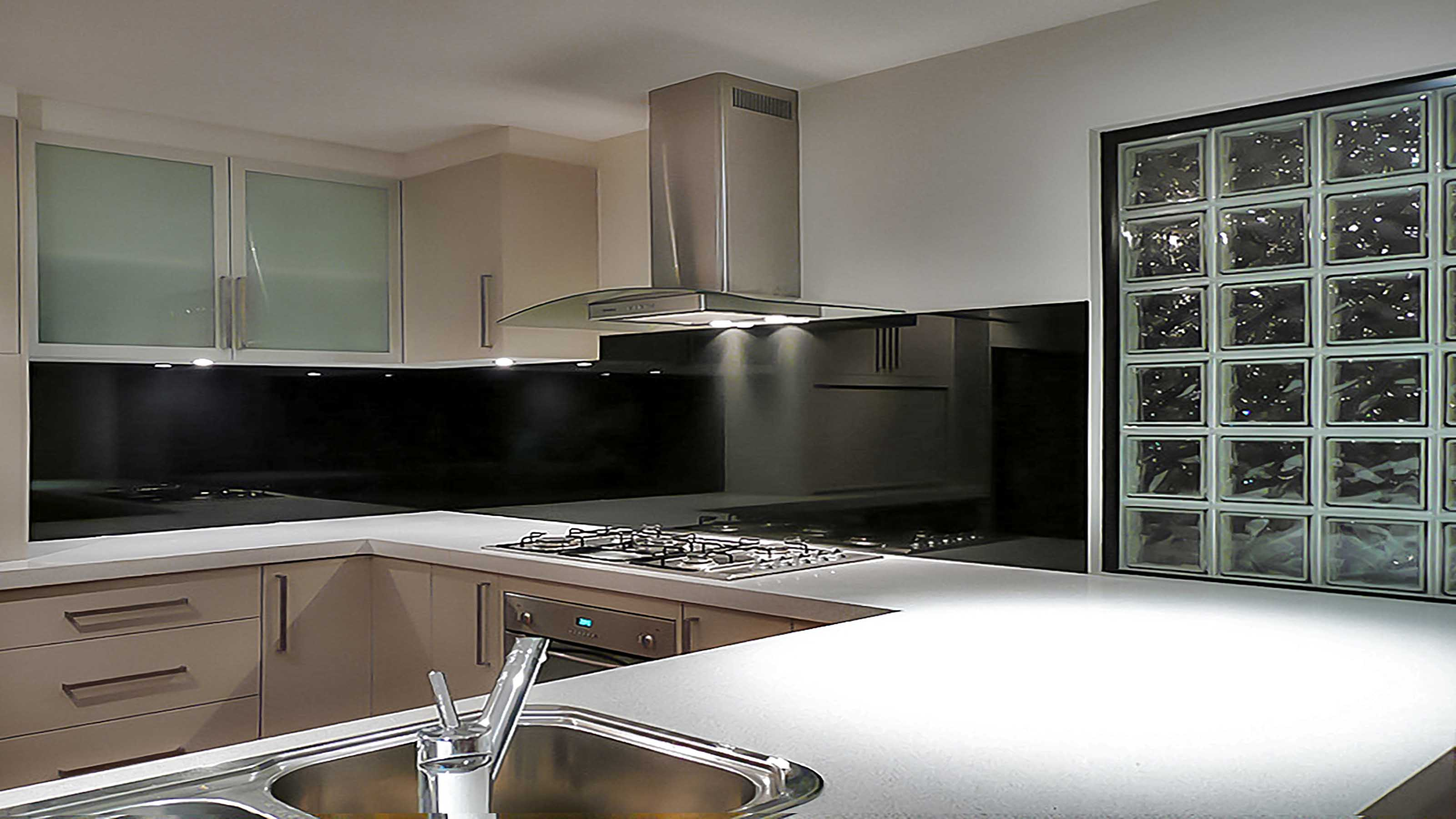 KOLOR™ - Kitchen Glass Splashbacks - Black - Ocean Grove - Supplied & Installed by - geelongsplashbacks.com.au