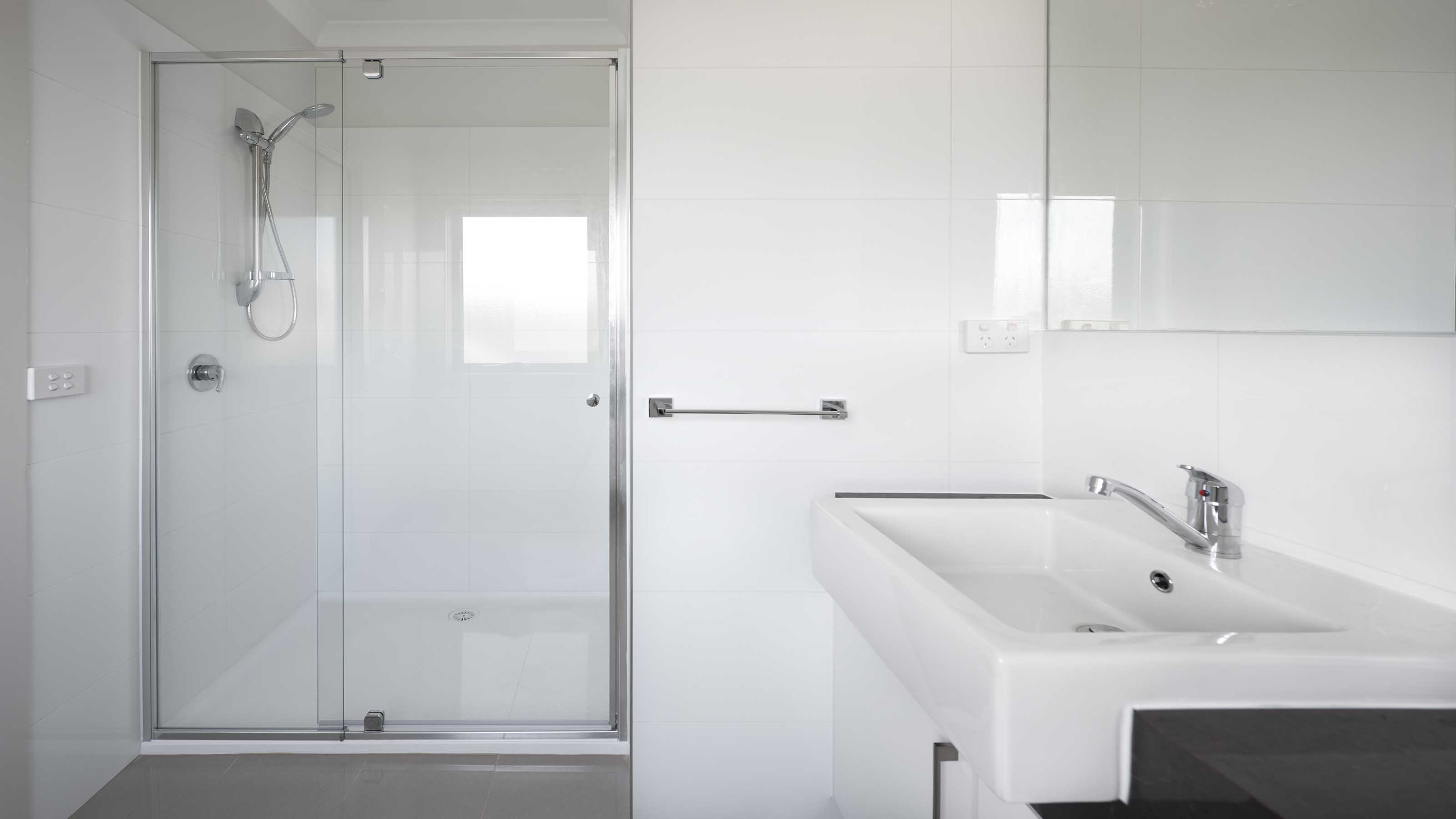 IMAGES | PHOTOS | GALLERY | Shower Screens |Geelong Splashbacks